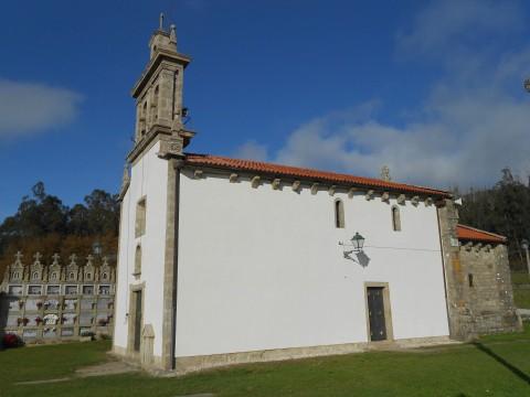 http://www.consorcio-santiago.org/sites/default/files/styles/large/public/multimedia/images/2015/02/igrexa_figueiras_1.jpg?itok=oX8YoZ4z